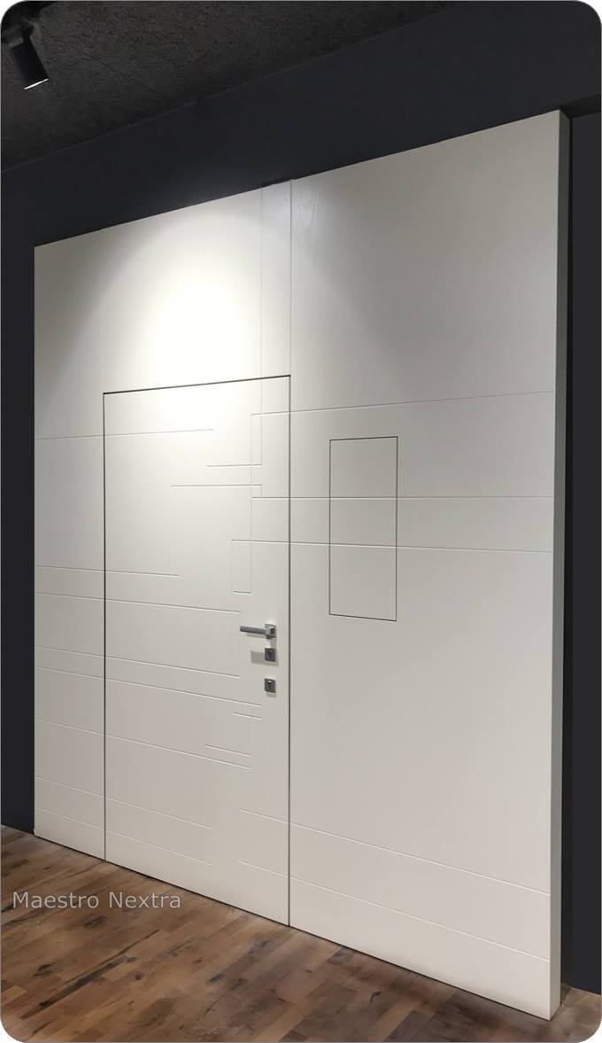 parete boiserie porta  bianca