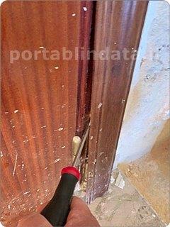 Come  rilevare le misure per costruire una porta blindata su misura
